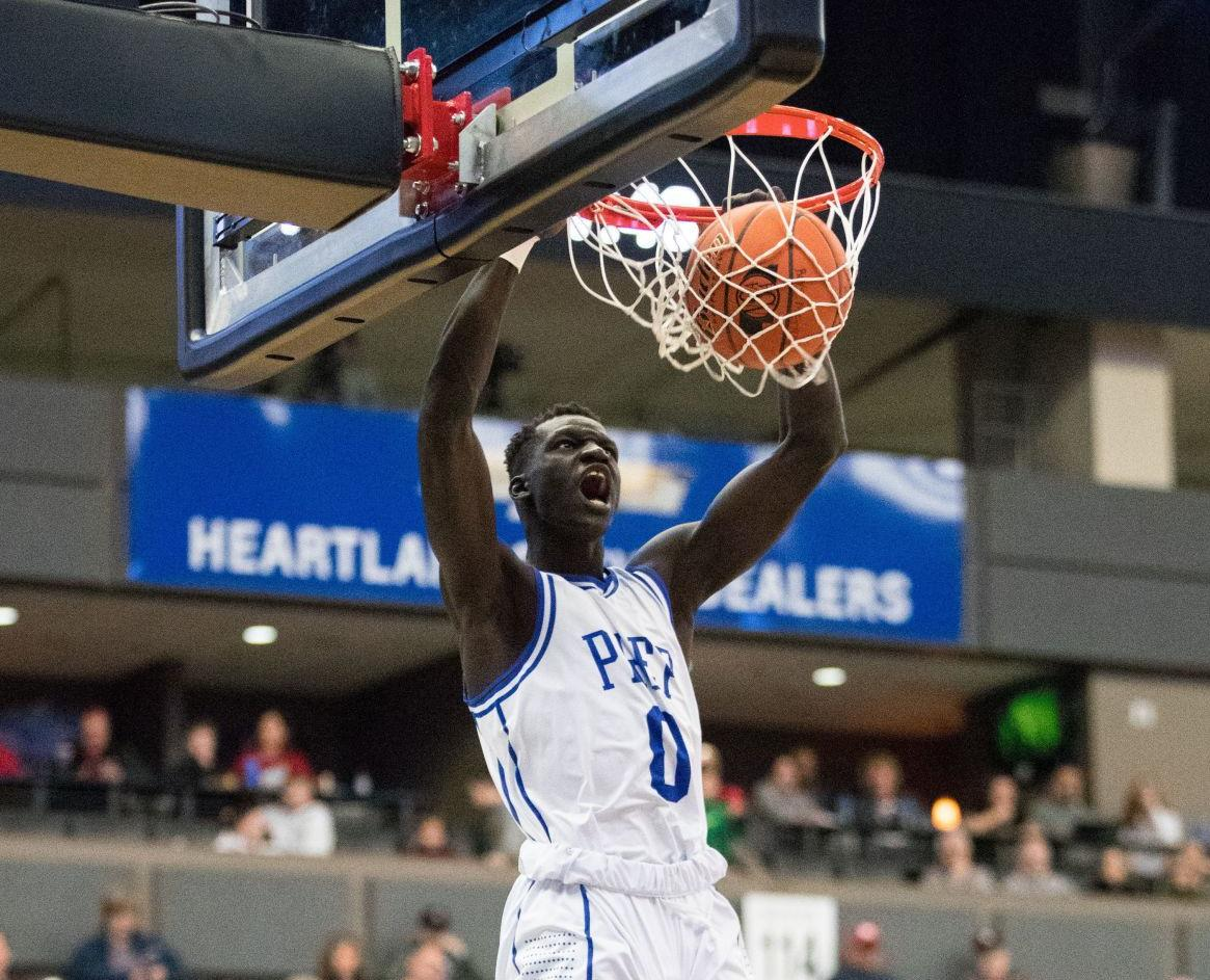 Omaha Creighton Prep forward Akol Arop earns offer from Nebraska basketball