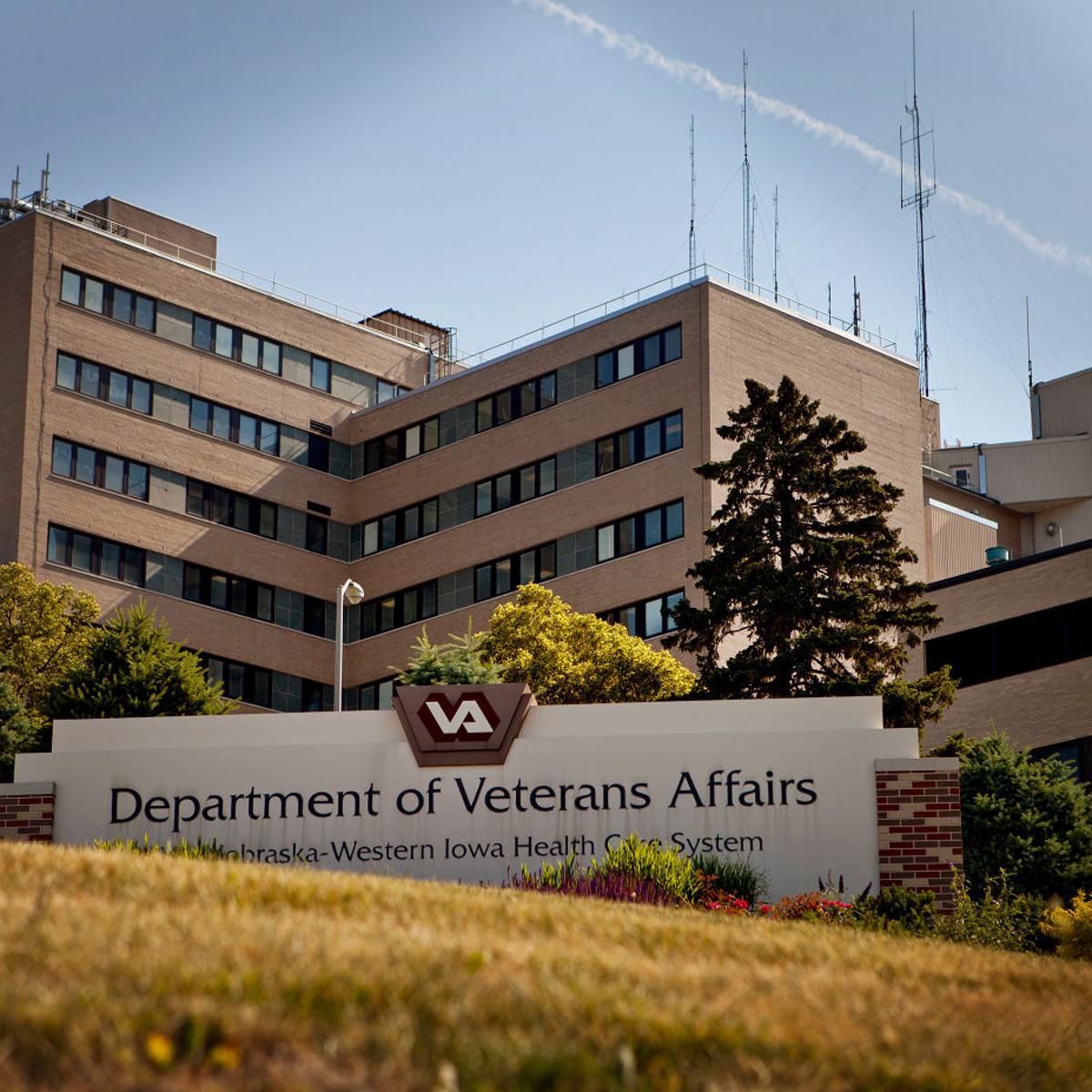 Denver VA hospital costs may may halt Omaha project, Lee Terry says