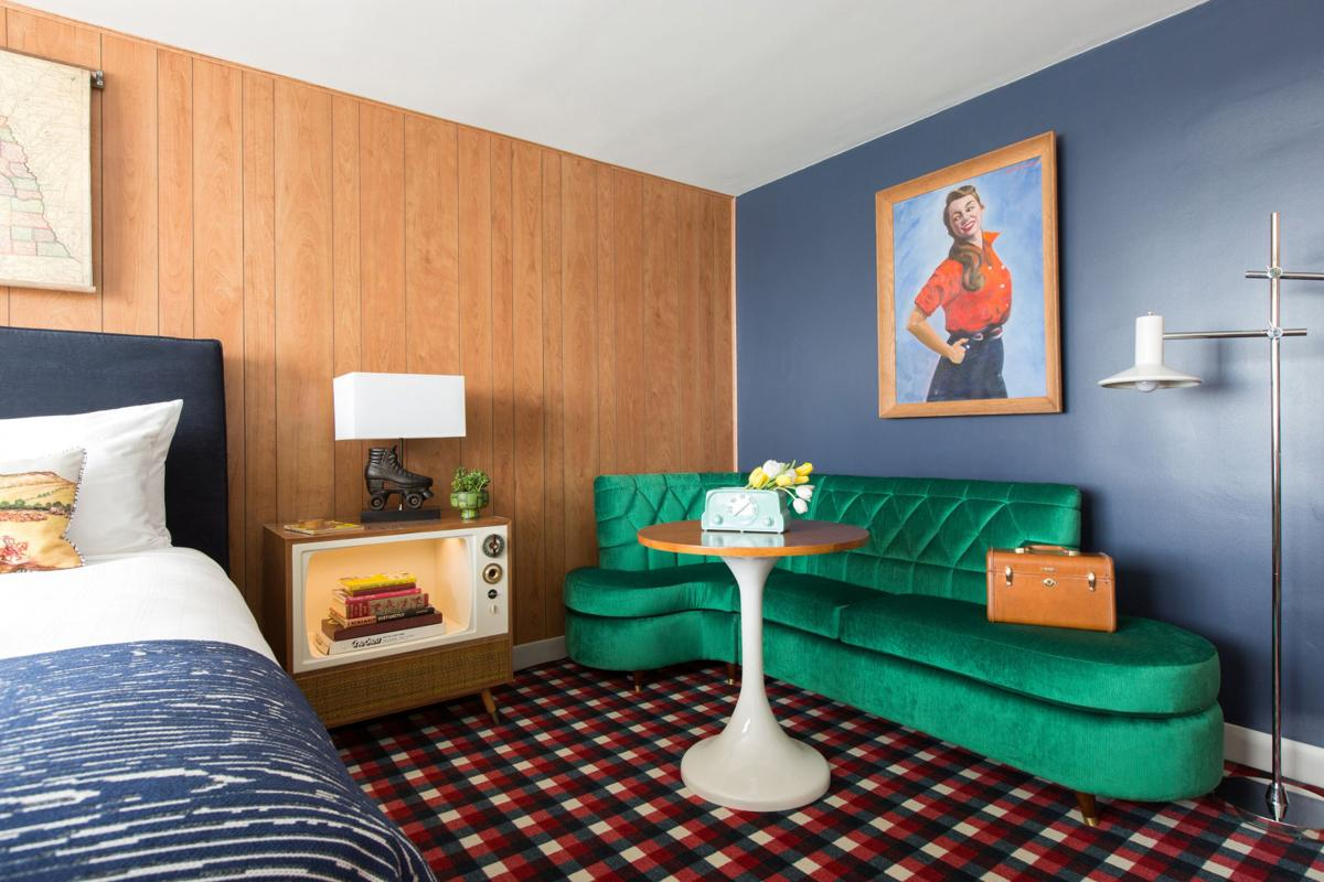 Remodeled Holiday Inn In Downtown Lincoln Features A New Name A Retro Theme And Nods To City S Roots Money Omaha Com