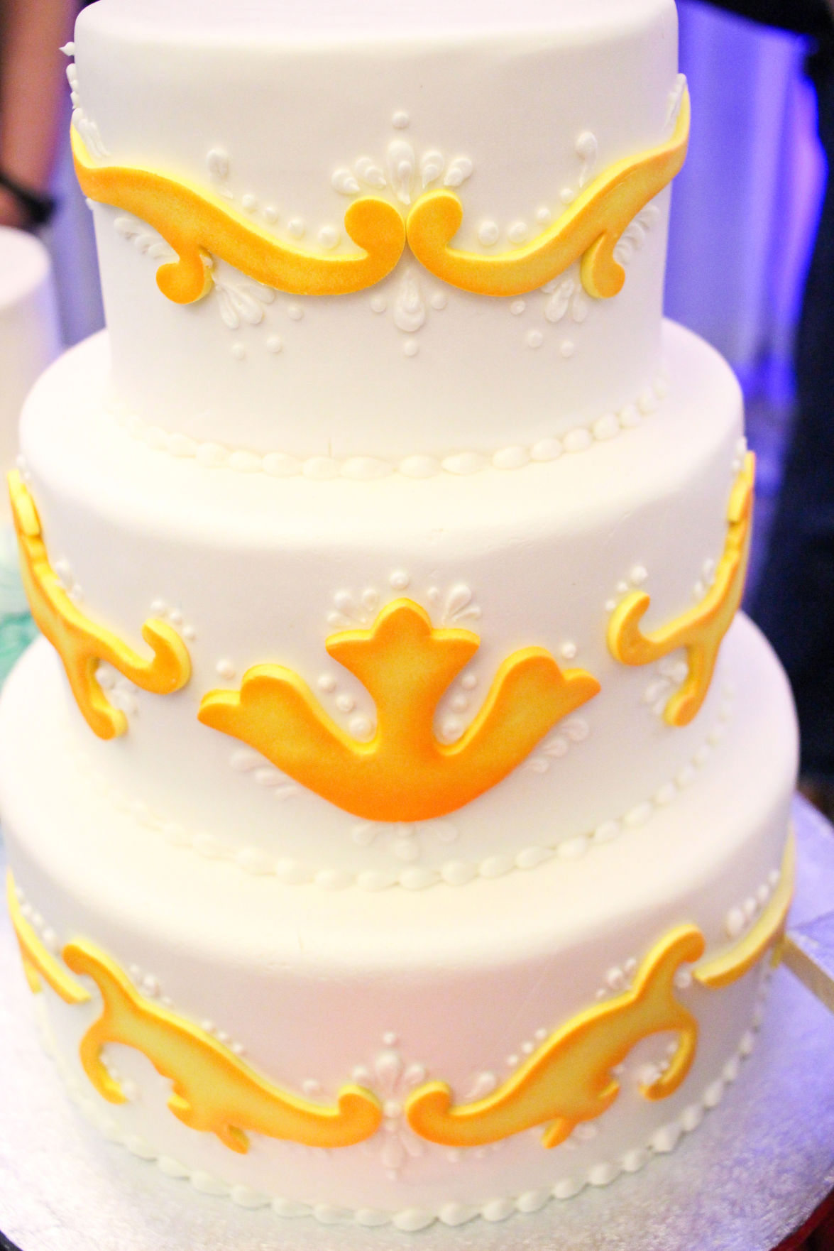 Sweet Success: Your Perfect Wedding Cake | Wedding Essentials ...