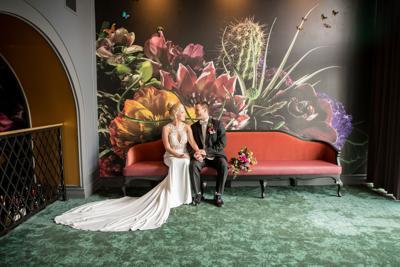 WeddingEssentialsOmaha_StyledShoot_HotelDeco_KIMDYERPHOTOGRAPHY_068.jpg
