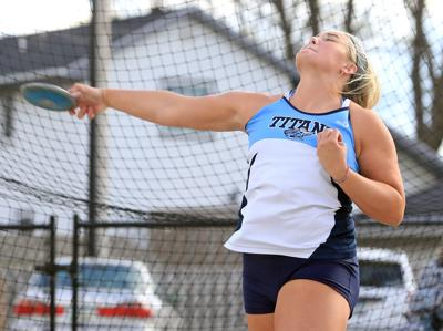 Council Bluffs Lewis Central's Lauren Payne 'on a mission' to perform well at Drake Relays