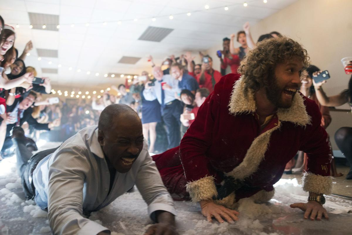 Review: \'Office Christmas Party\' at its best when it goes off rails ...