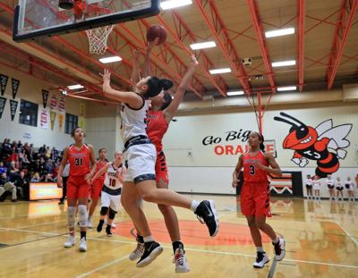 Council Bluffs Thomas Jefferson girls commit 26 turnovers, drop game to Urbandale
