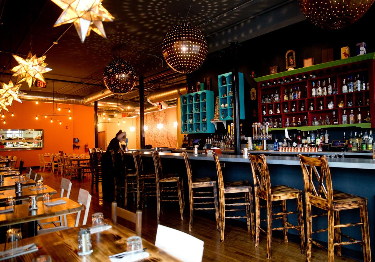 Dining Review At New Midtown Restaurant Mexican Street