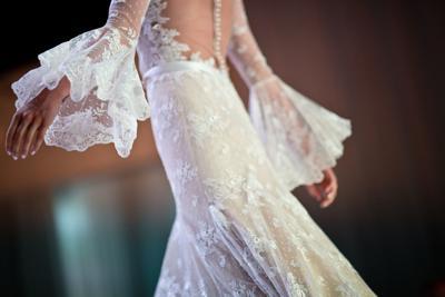 Livi's-Designs-Bridal_4F4A1615re.jpg