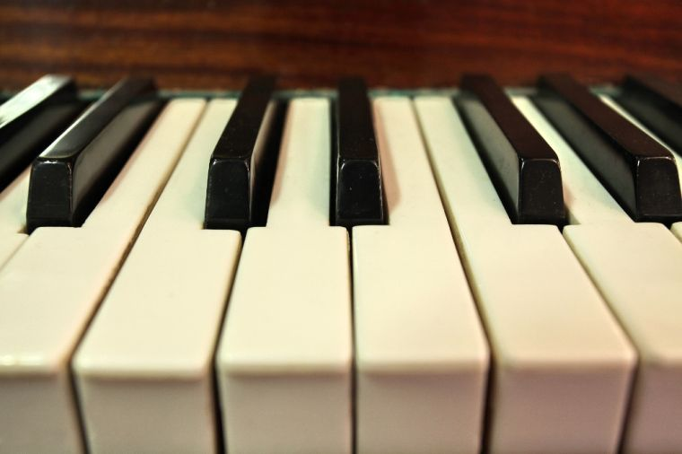 'Rogue' pianos placed around Omaha and Council Bluffs this week