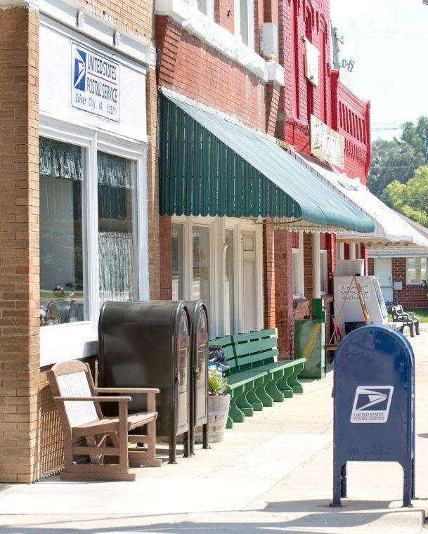 Rural Iowa post offices face tough decisions