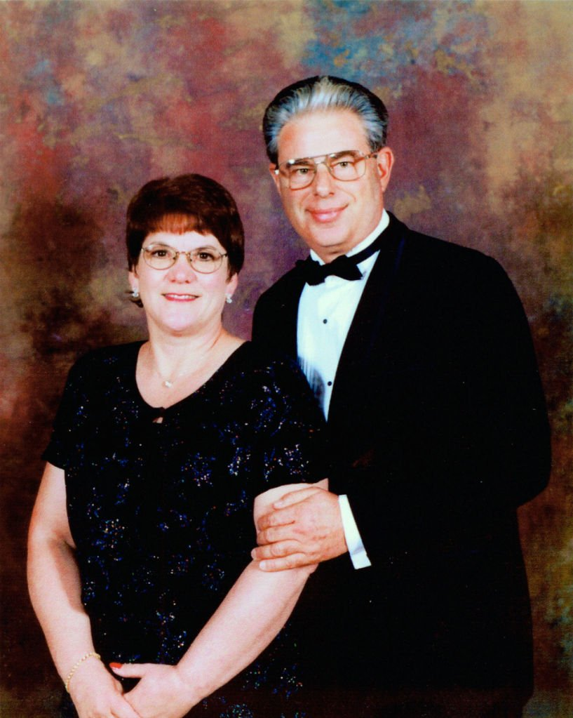 Case shut, questions linger about investigators in Murdock murders   Crime  & Courts   omaha.com