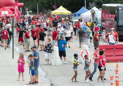 Football and free food help fans of all ages leave Huskers' inaugural Fan Fest satisfied