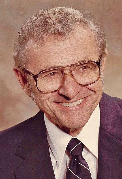 Peetz, Dr. Dwaine J. Sr., M.D