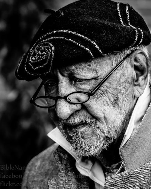 Val Valentine, 'eccentric' Old Market artist, dies at 75