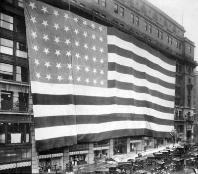missing since 1925: this huge flag