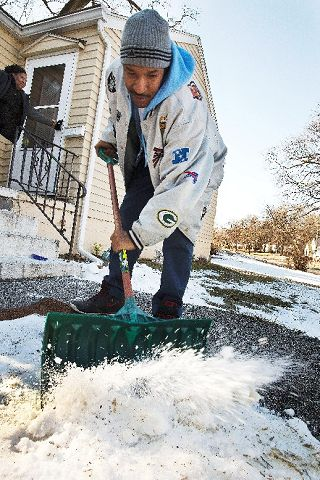 Warmer air on way to break up remaining snow, ice