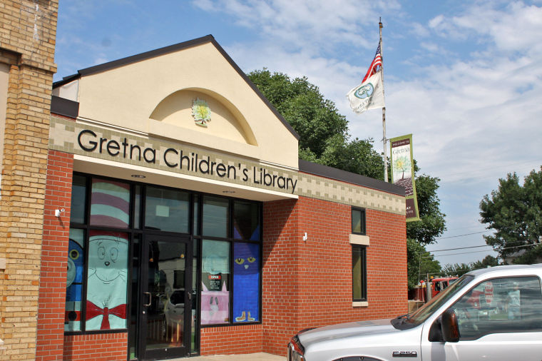 Gretna Children's Library making fall changes