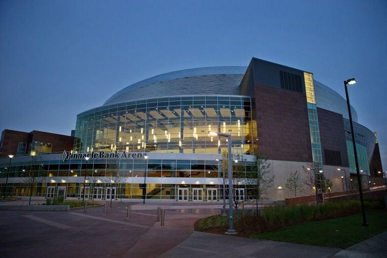 Arena Faceoff Pinnacle Vs Centurylink Center Go Arts