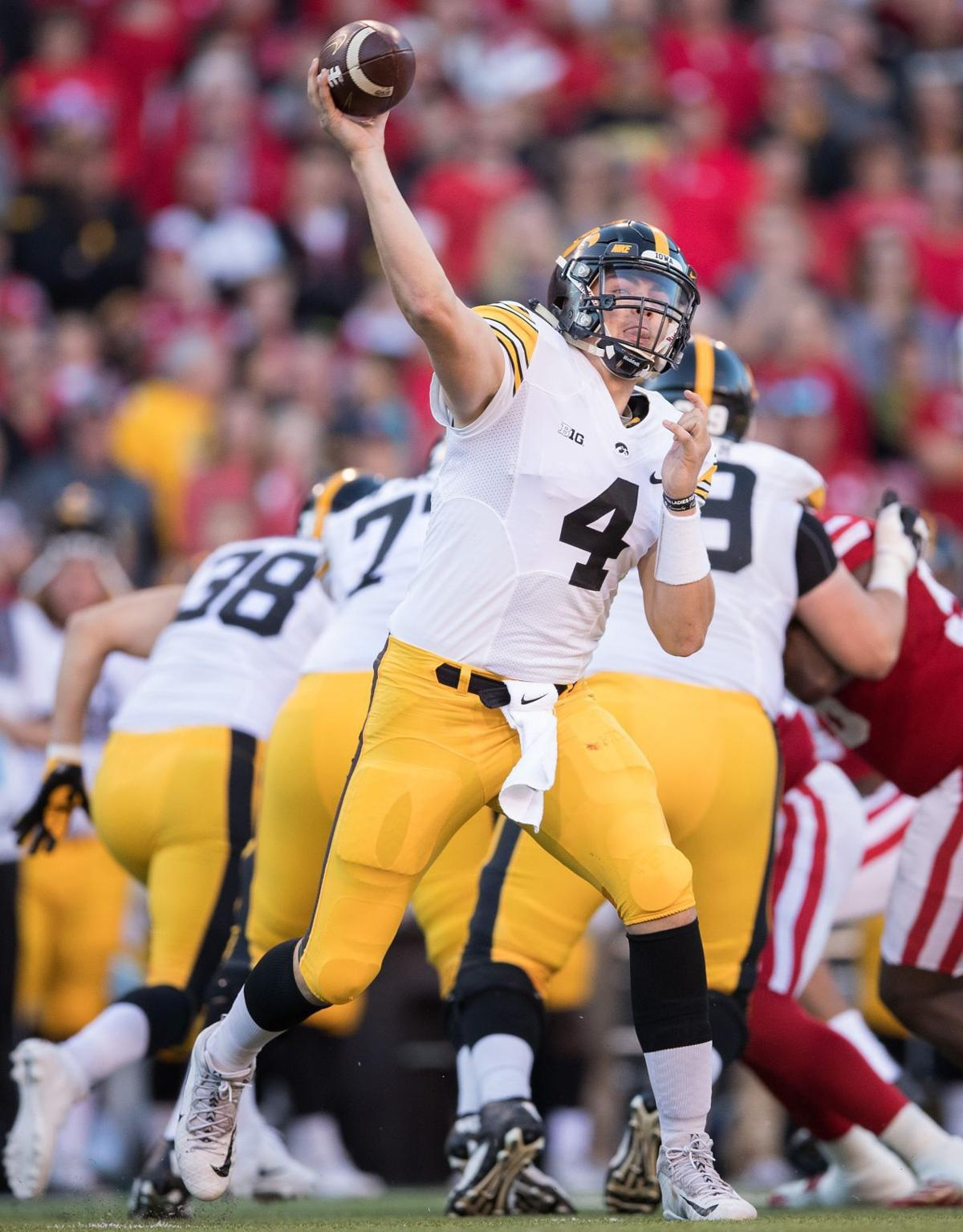 Barfknecht: Iowa quarterback Nate Stanley seeks more consistency in second year as a starter