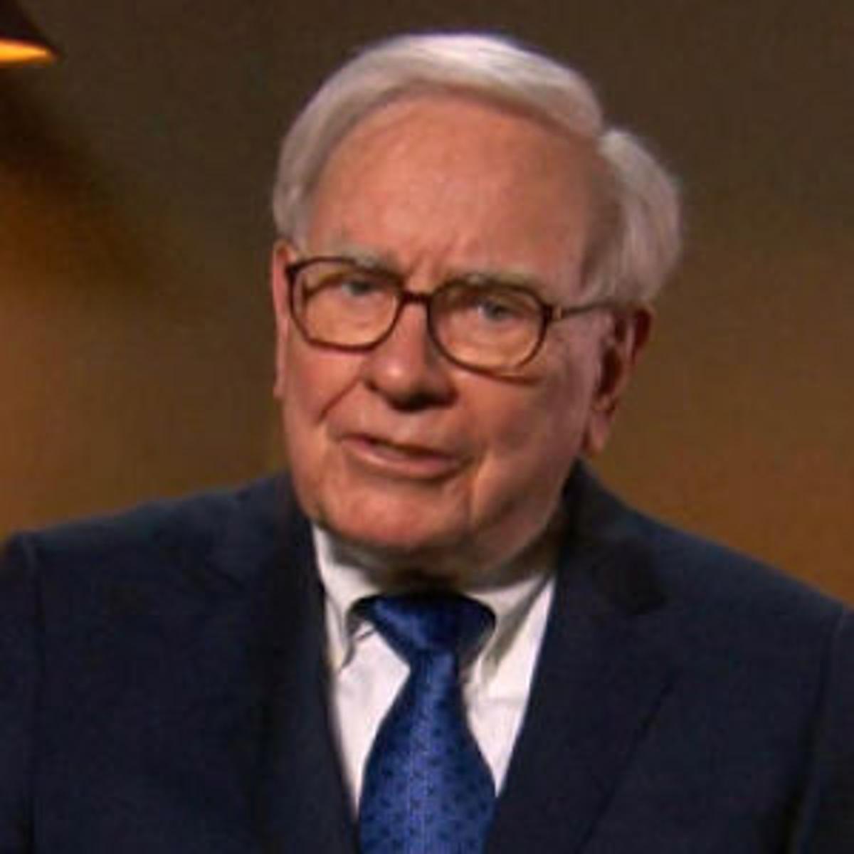 Buffett slips a spot to No  4 on Forbes billionaires list