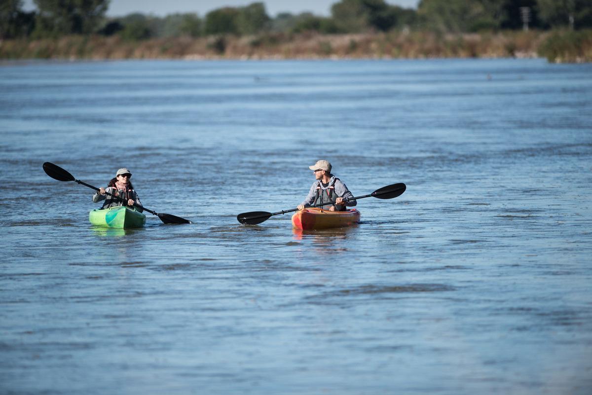 Kayaking_Crane Trust_-49-X3.jpg