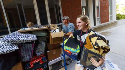 Residence Hall Move-in Day