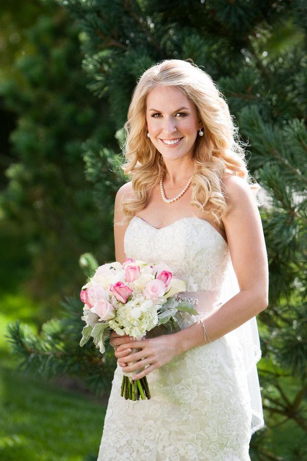 Steele_Shannon_Andrea_Bibeault_A_Wedding_Photojournalist_Shannon0179_low.jpg