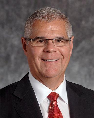 Russell Wiltgen had 30 years in Iowa, Nebraska financial industry