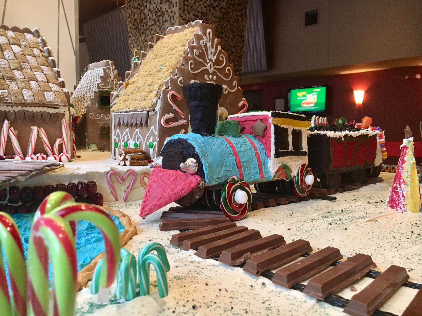 Hotel Train