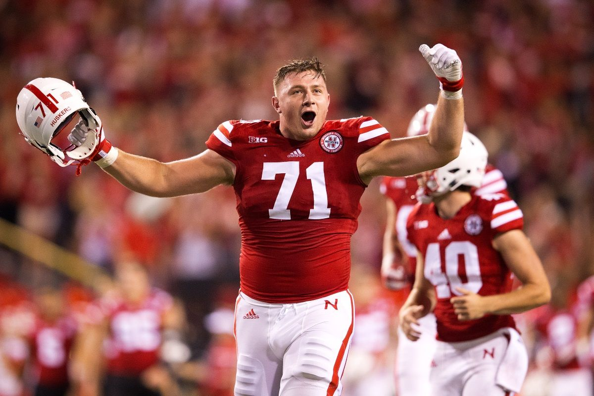 Baltimore Ravens select NU offensive lineman Alex Lewis in fourth ...