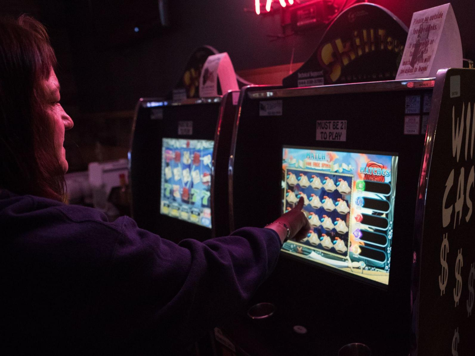 'Skill' video games thrive in Nebraska, but their legality is in doubt