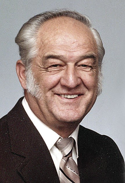Pluta, Raymond Joseph Sr.