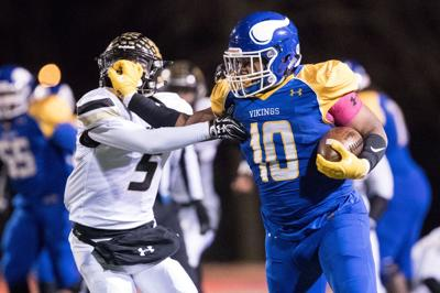 Vikings rally in fourth quarter to defeat Bulldogs, advance to face Kearney in title game