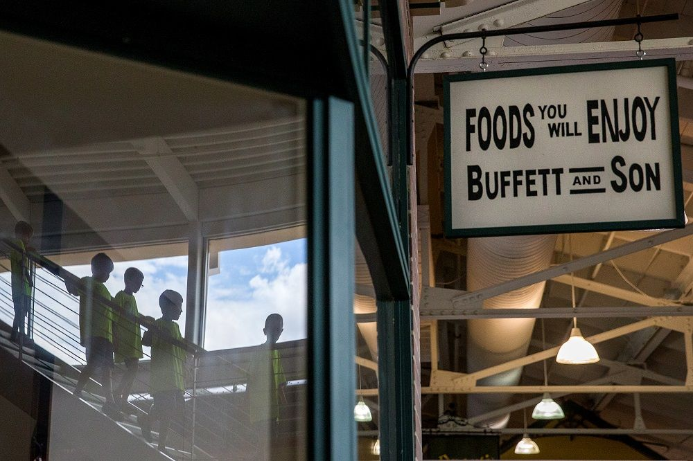 Buffett & Son replica