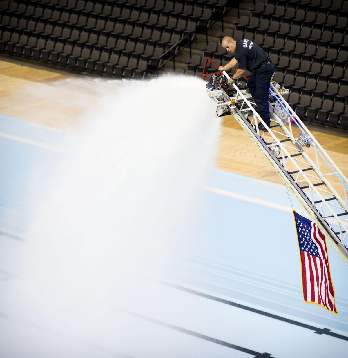 Omaha Firefighters Lend A Hose To Fill Pools For U S Olympic Swim Trials At Centurylink Center