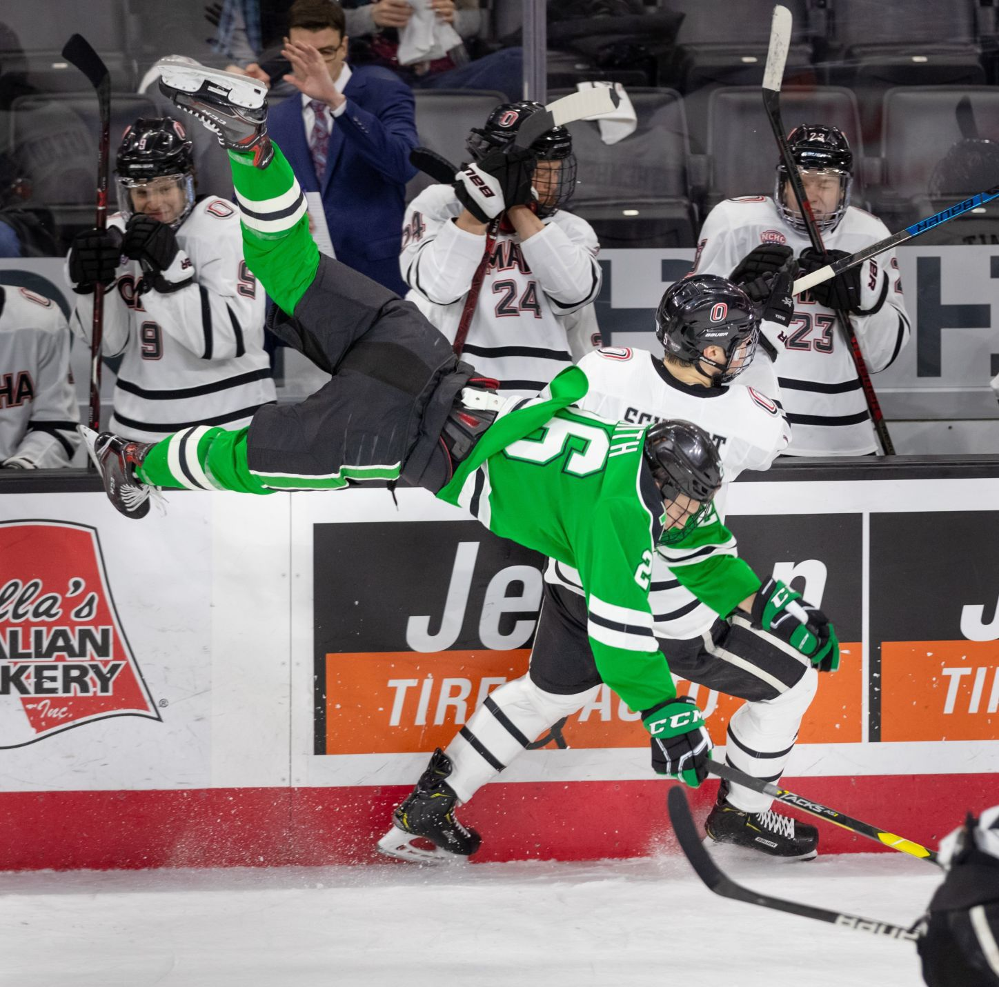 NCHC: UNO Hockey Defeats No. 20 North Dakota To Earn First NCHC Win Since Nov. 20