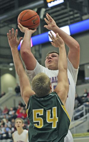 Red-hot Rams quiet Thunderbolts