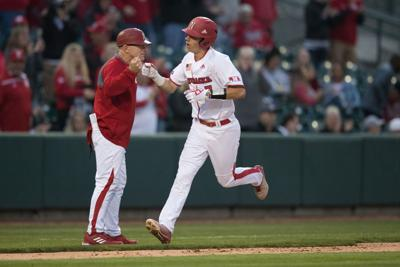 Huskers have set winning pace in Big Ten race, don't want to slow down on road trip to Iowa