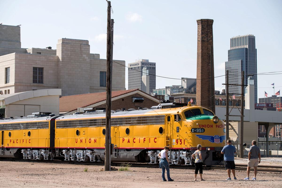 Hundreds ride back in time on Union Pacific passenger train in ...