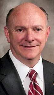 Omaha chef Joe Vaughn, incumbent Papillion Sen. Jim Smith announce Nebraska Legislature bids (copy)