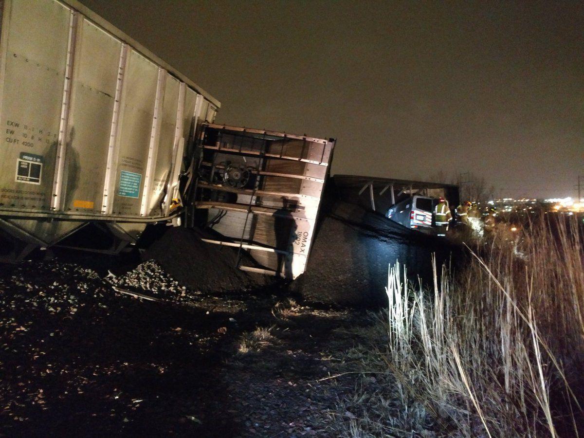 Union Pacific train derails near Interstate 80, injuring worker in ...