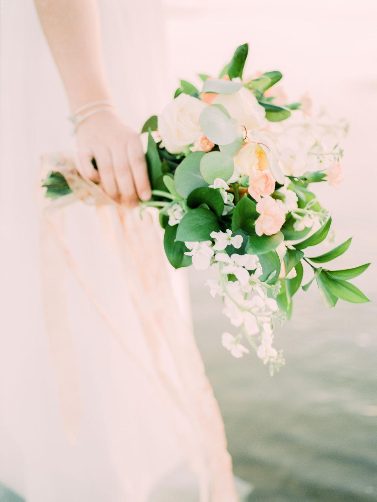 Wedding Flowers Best Picks For The Money Wedding Essentials