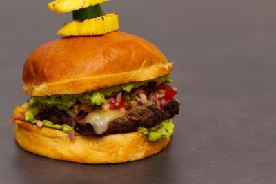 Tiki Burger_036a.jpg