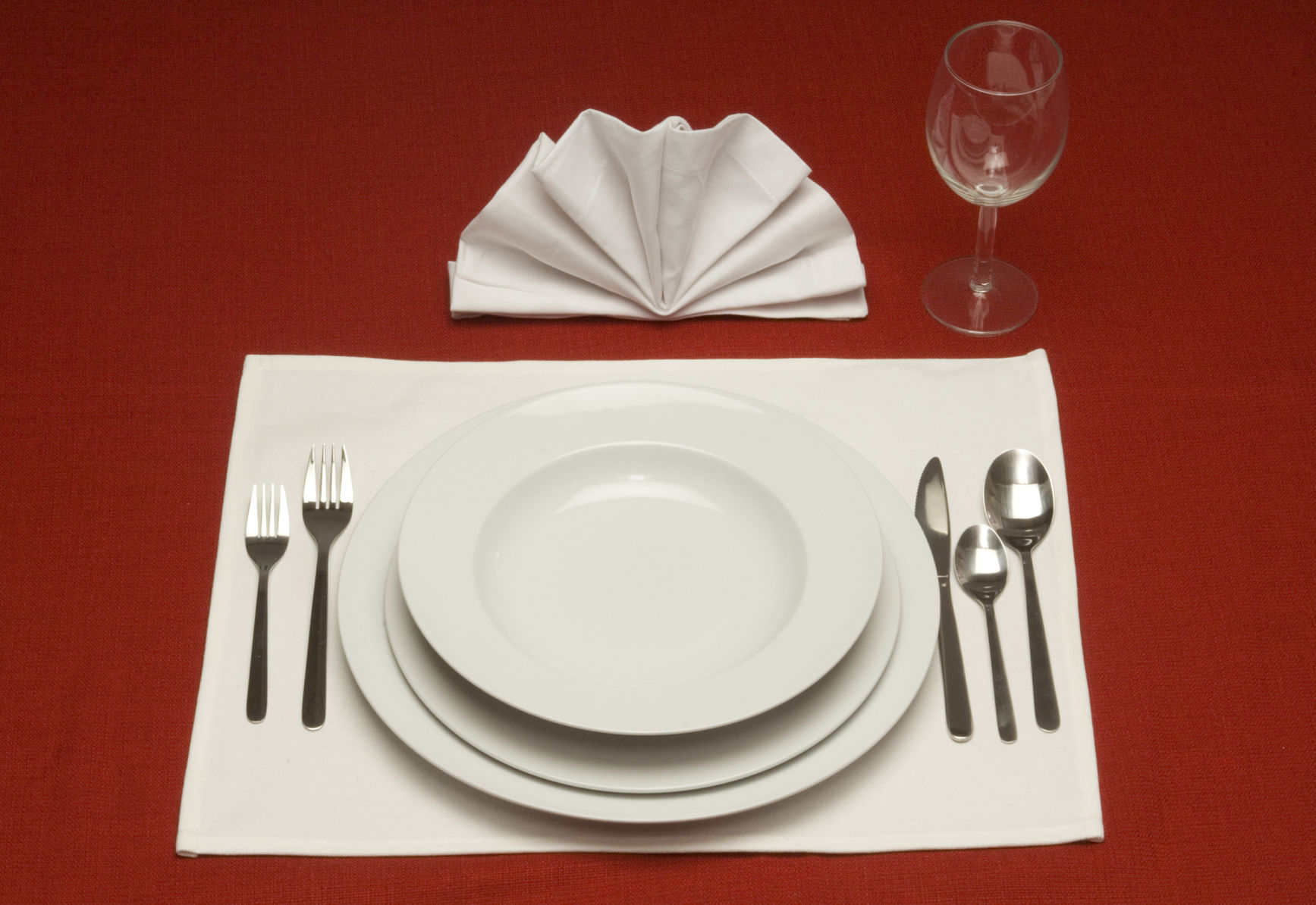 Placemat table setting teaser A running list