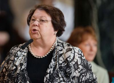 State Sen. Kathy Campbell vows to introduce Medicaid expansion bill in 2014
