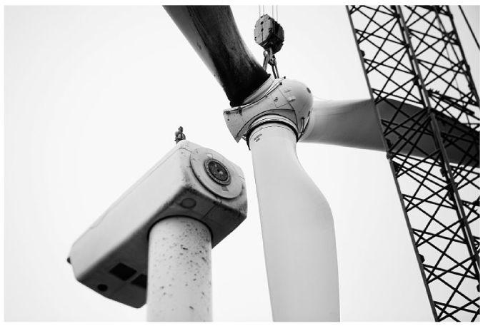 As wind farms age, many old blades are going to landfills
