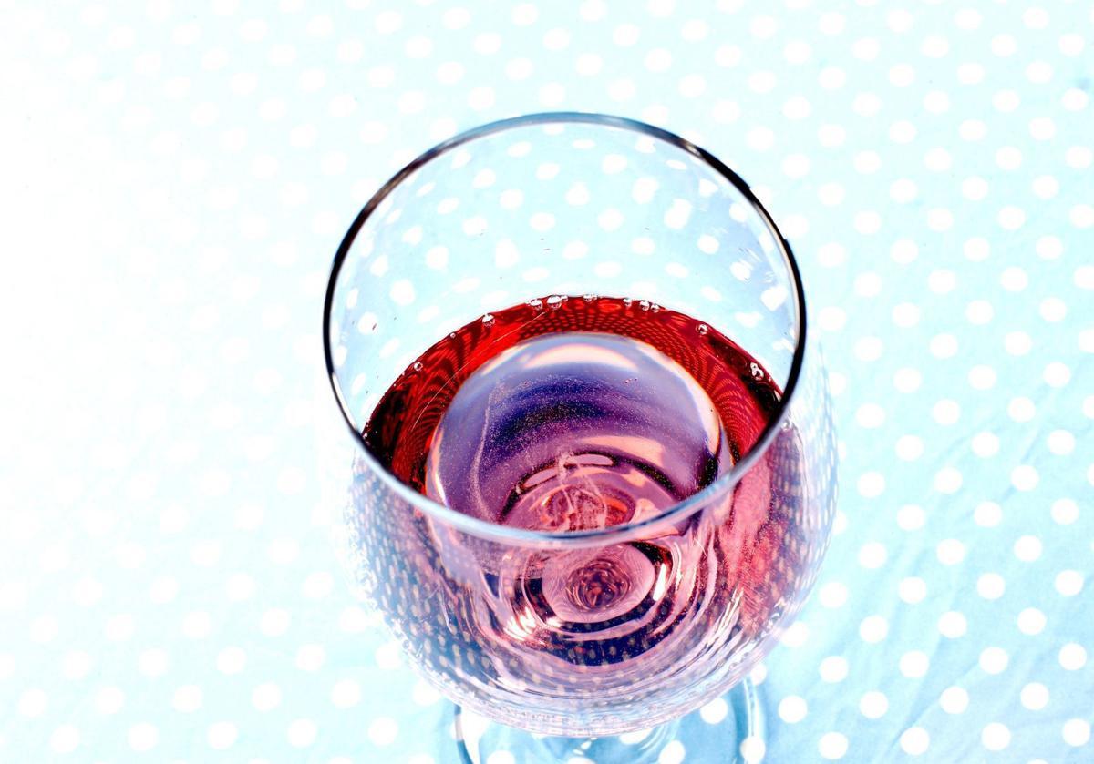 20180713_liv_diningnews_wine