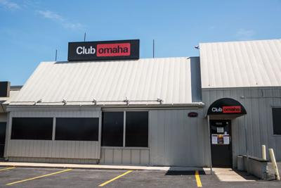 Omaha strip club owner gets liquor license for bikini bar, will drop lawsuits against city and state