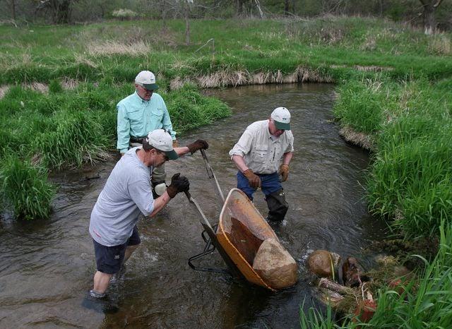 Volunteers keep Nebraska trout stream the perfect spot to spawn