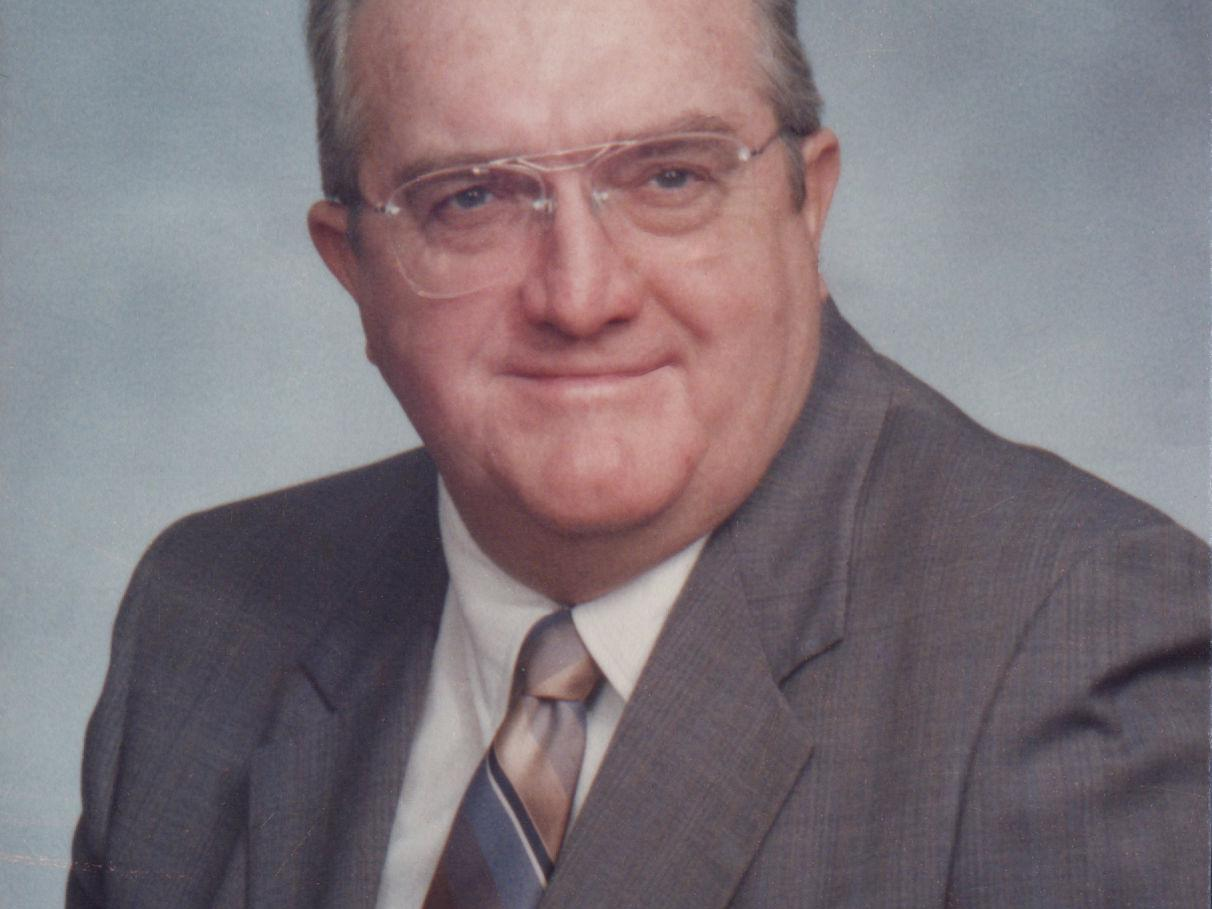 Commercial real estate broker Roger Haney, 85, was an avid reader and sportsman