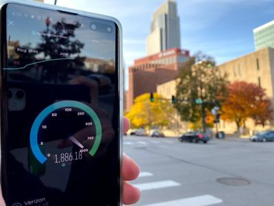 Verizon announces 5G service in downtown Omaha