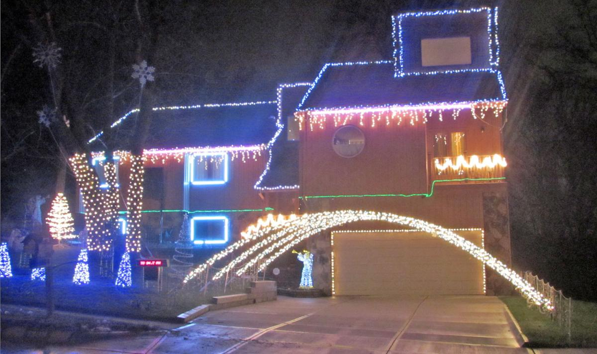 its sounding a lot like christmas bellevue residents sync expansive light shows to music - Bellevue Christmas Lights